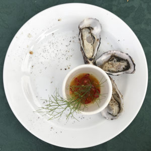 Oysters with dipping sauce