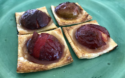 An easy Christmas plum tart